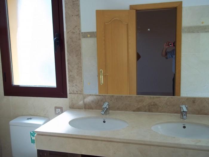 Apartamento venta a estrenar en Camino de Brijan 75 (Estepona), 269.000 €
