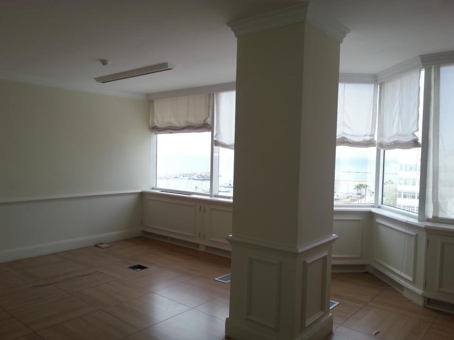Oficina en alquiler en Avenida Severo Ochoa (Marbella), 11.000 €/mes