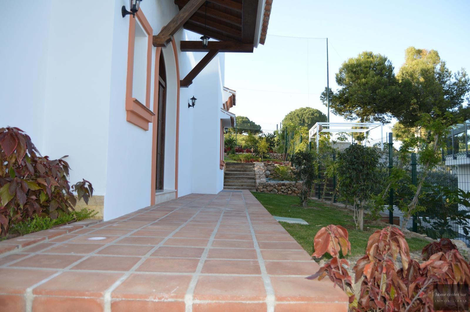 Villa de Lujo en venta en C-20 6 (Mijas Costa), 3.500 €/mes