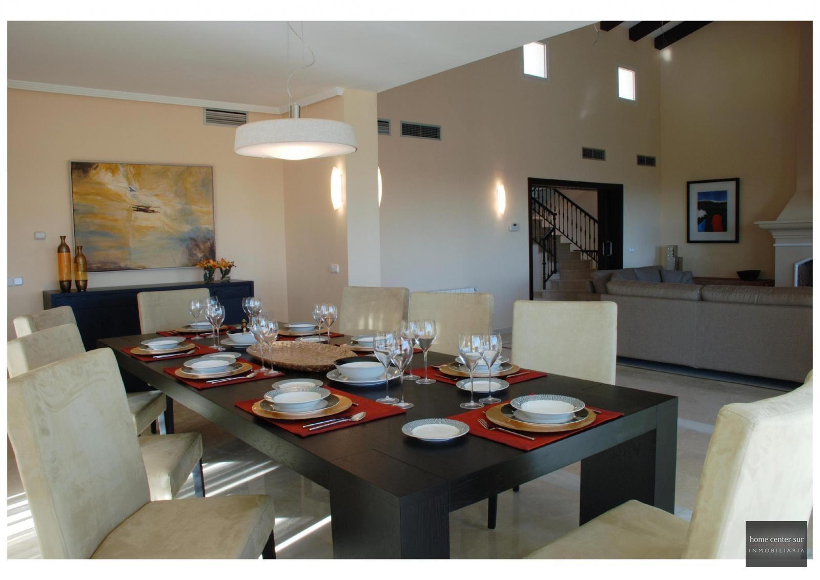 Villa de Lujo en venta en Calle Felisa de Cortes (Benahavís), 1.950.000 €