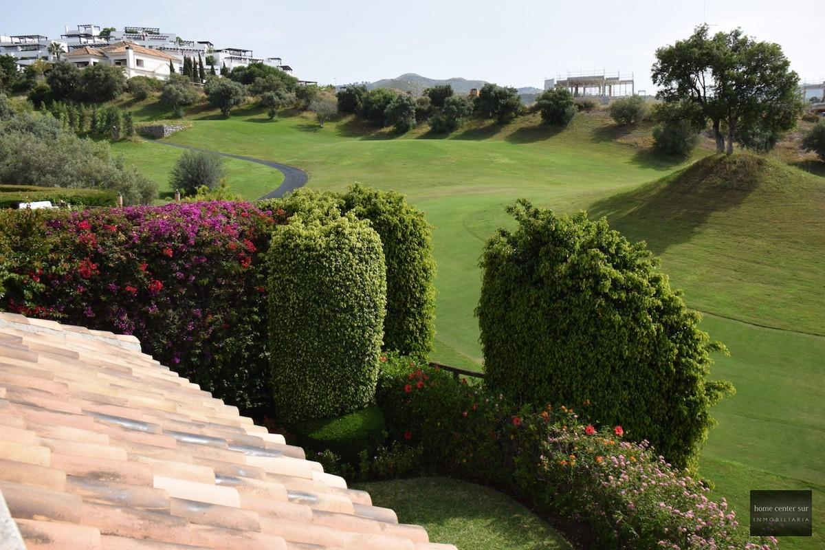 Chalet en alquiler en Urbanizacion Santa Clara Golf 30 (Marbella), 2.400 €/mes