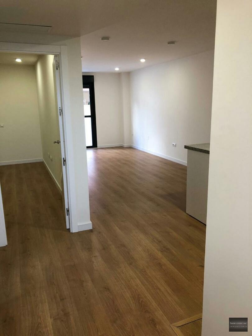Luxuriöse Apartment zu vermieten in Calle Antonio Sedeño Cantos (Fuengirola), 700 €/Monat