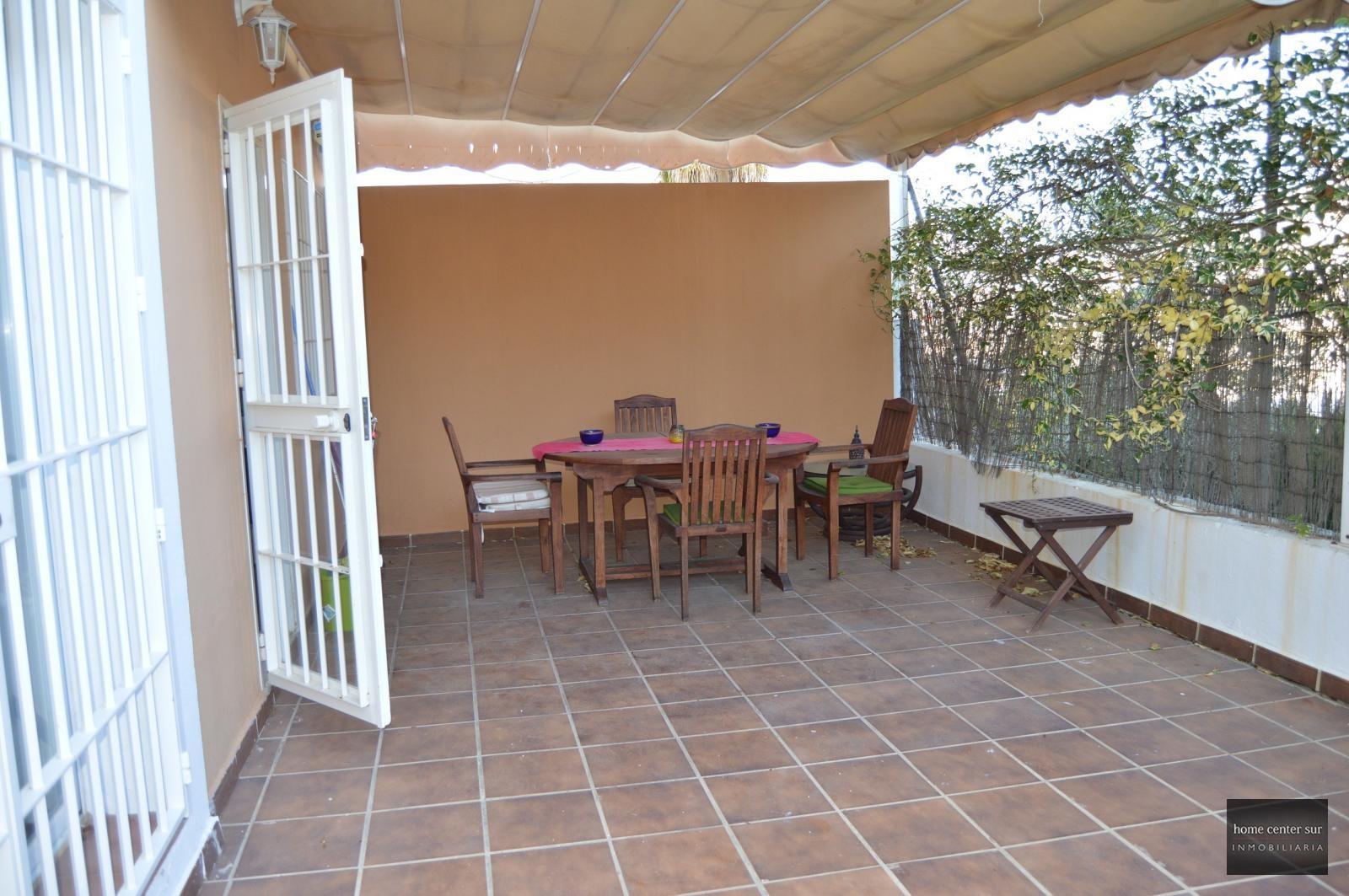 Casa en alquiler en Avenida Mare Nostrum (Fuengirola), 1.500 €/mes