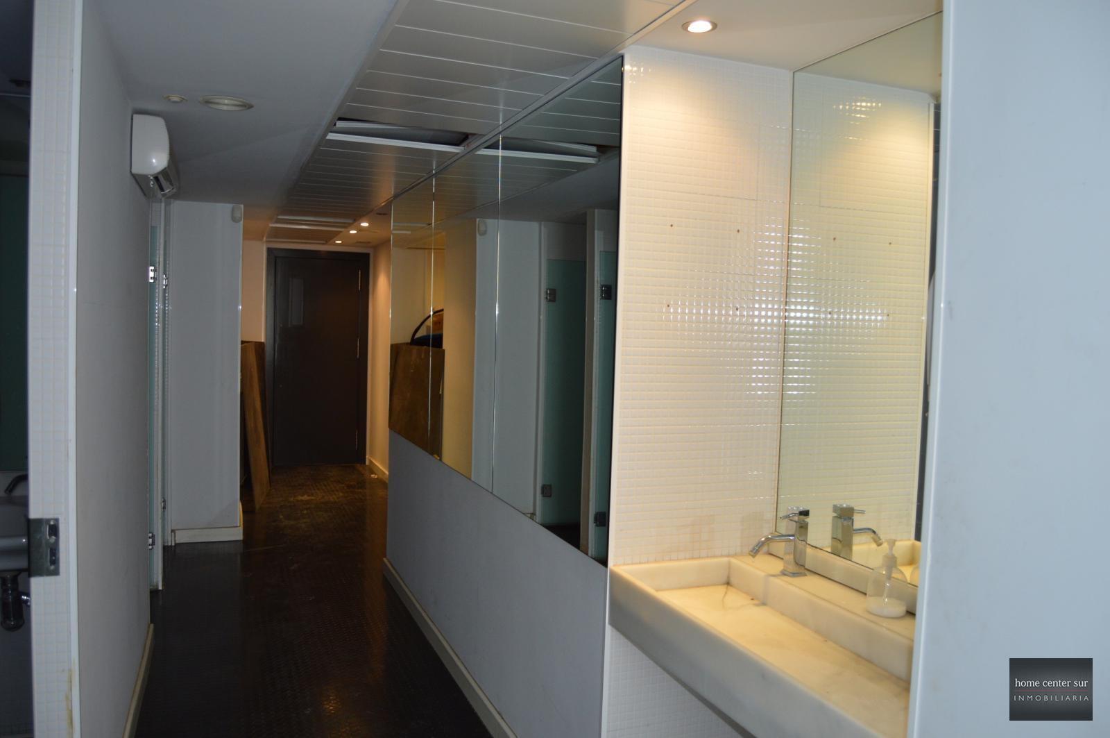 Oficina en alquiler en Avenida Santa Amalia (Fuengirola), 3.600 €/mes