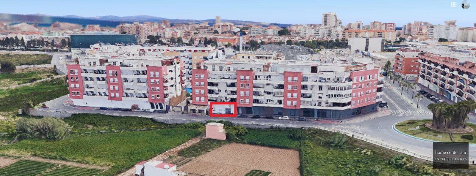 Local en alquiler en undefined unde (Mijas Costa), 825 €/mes